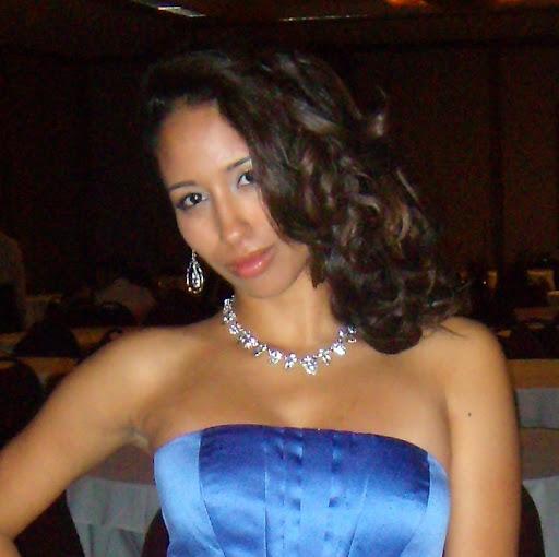 Vanessa Robledo review