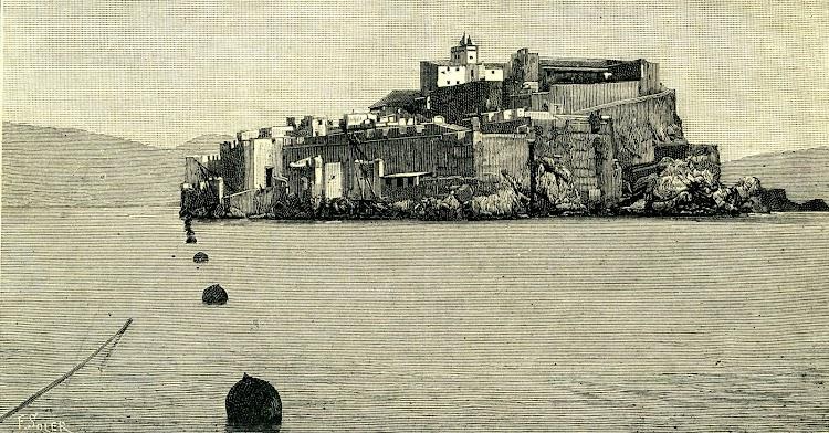 Amarre en Alhucemas. Foto y texto de la revista NATURALEZA, CIENCIA E INDUSTRIA. Año 1891..jpg