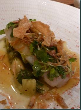 salmonete con escama crujiente y chutney de kiwi Zespri Sungold copia