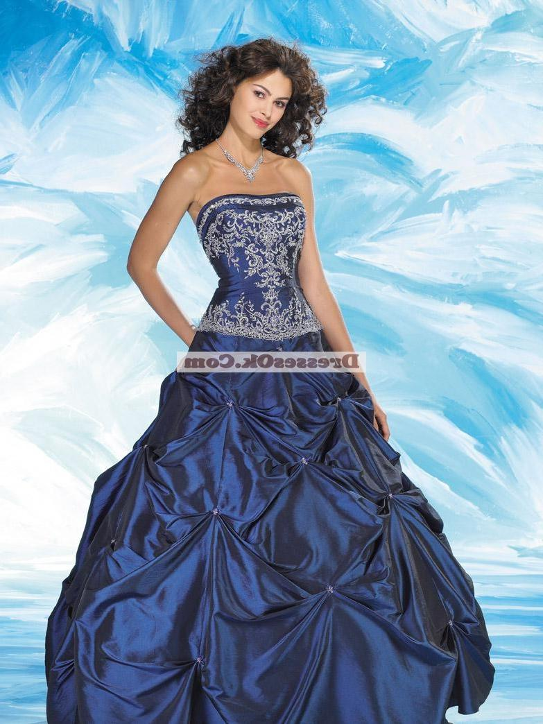Luxurious ball gown strapless
