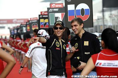 Бруно Сенна и Виталий Петров на параде пилотов Гран-при Индии 2011