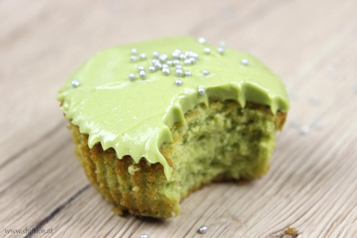 Matcha_Cupcakes_mit_grüner_Buttercreme (9)