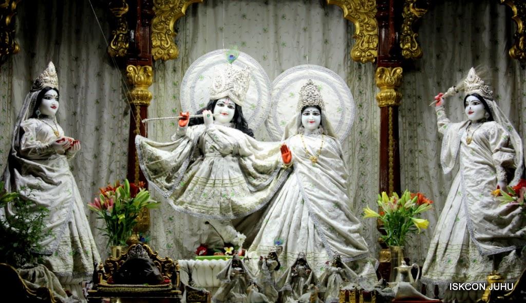 ISKCON Juhu Mangal Deity Darshan 21 Jan 16 (16)