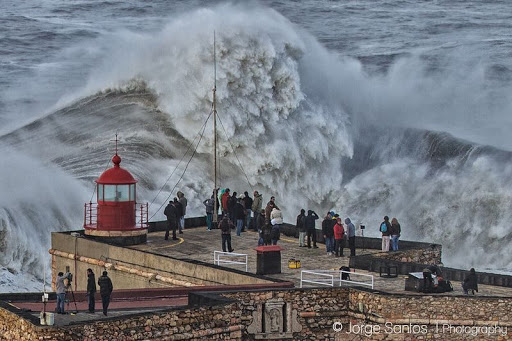 The Monster Waves at Nazare, Portugal | Amusing Planet