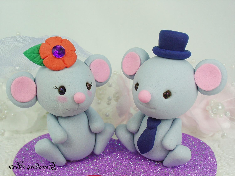 Kawaii Gray Mouse Wedding Cake