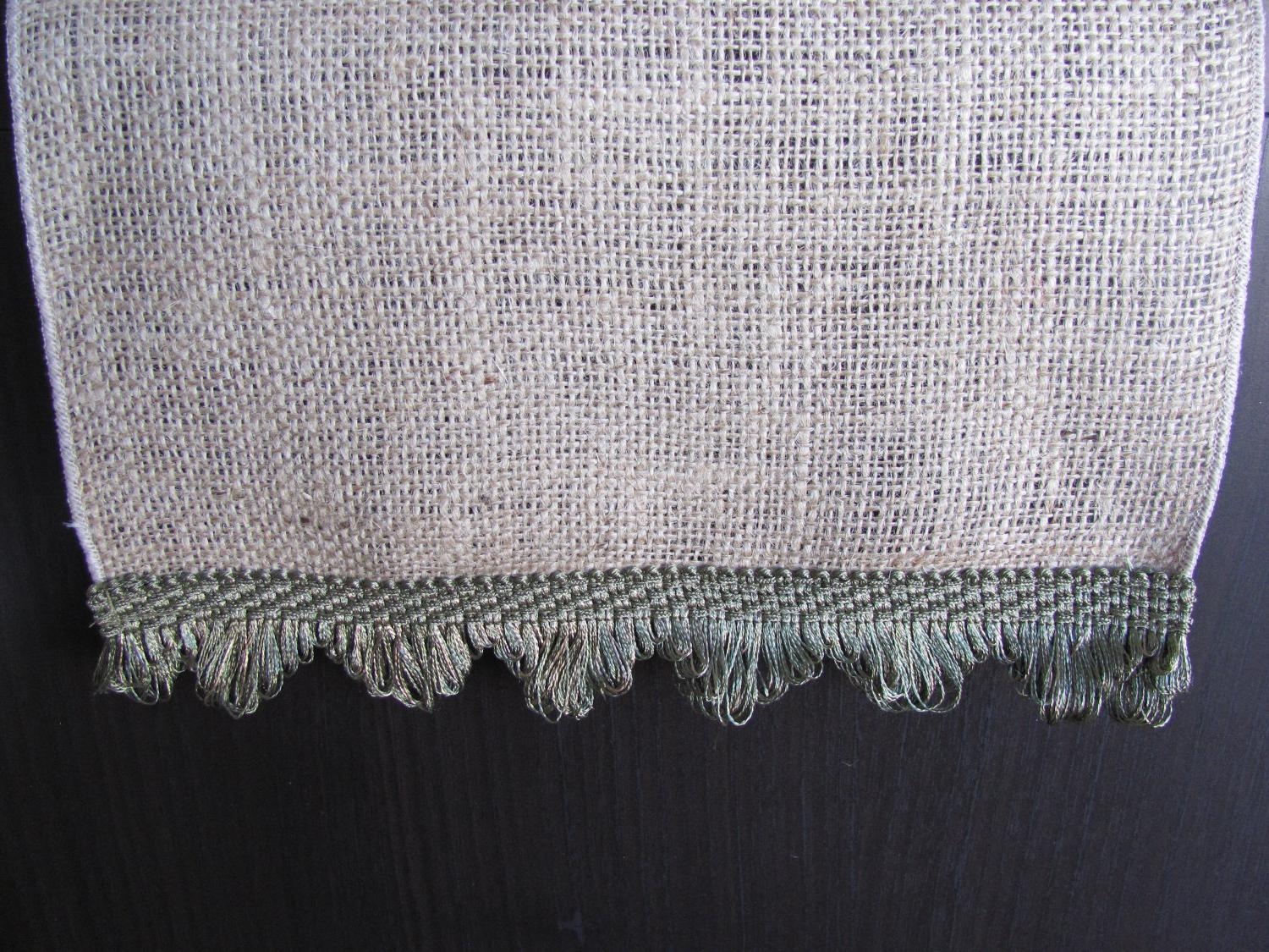 burlap table runners wedding
