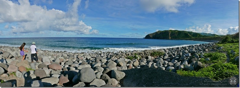 Batanes-Philippines-jotan23-Boulder Beach Chanpan Valugan (1)