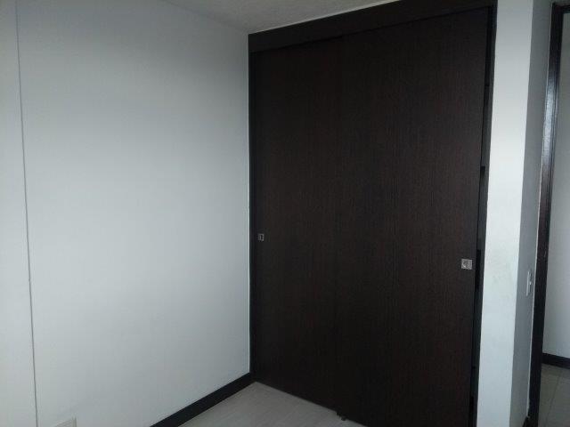 apartamento en arriendo callejon del banco 594-20993