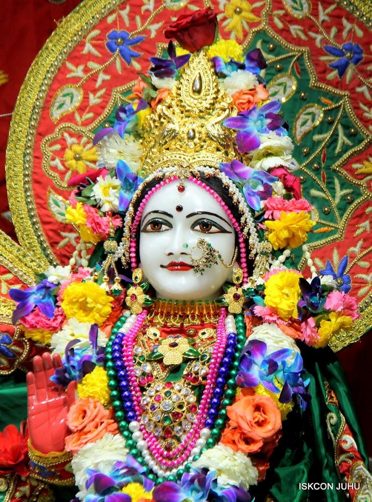 ISKCON Juhu Sringar Deity Darshan 09 Feb 16 (23)