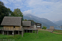 Frühgeschichtliche Pfahlbau-Siedlung mit archäologischem Museum in Molina di Ledro am Ostufer des Lago di Ledro.