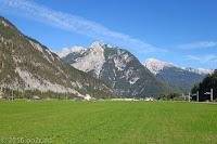 Der Grenzort Scharnitz voraus. Schnell noch günstig vollgetankt und dann in einem durch nach Hause.