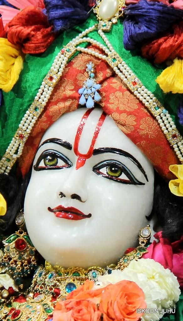 ISKCON Juhu Sringar Deity Darshan 09 Feb 16 (38)