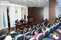 Встреча Нурлана Алимжанова со студентами