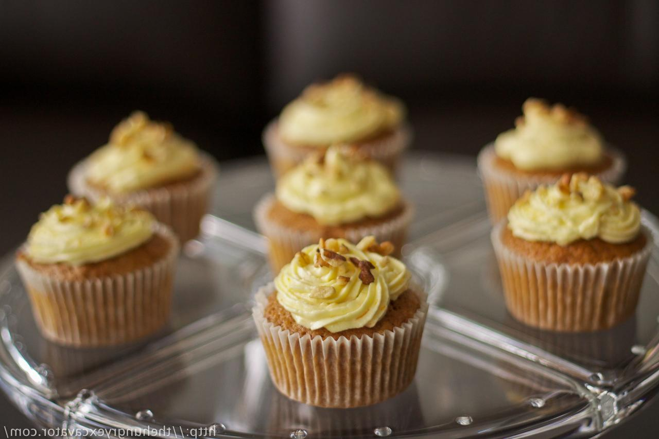 Carrot Cupcakes with Cream