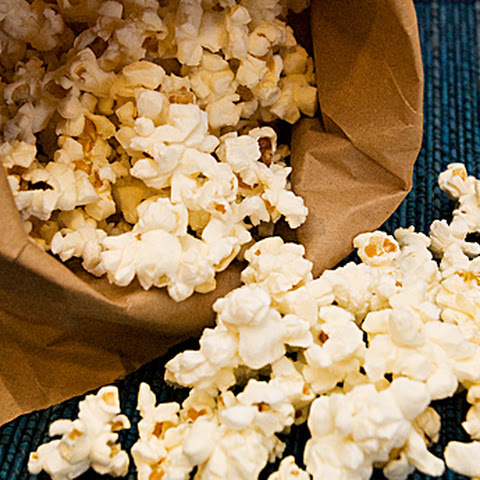 Homemade Air-popped Microwaveable Popcorn