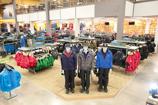 SAIL Plein Air - Laval, 2850 Jacques-Bureau Ave, Laval, QC H7P 0B7, Canada, Outdoor Sports Store, state Quebec