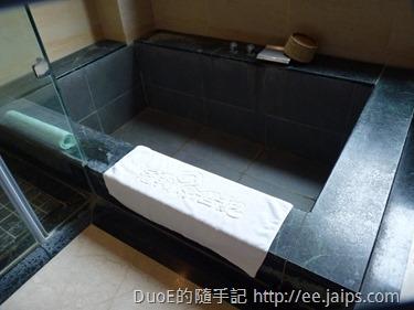 岩湯精緻套房-浴室3