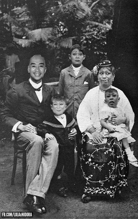 Lola Ni Dora throwback photo - family2