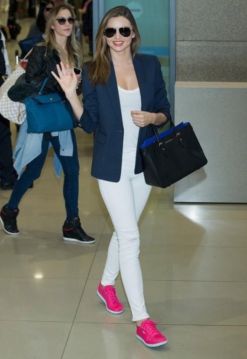 mac quan jeans nu trang dep nhu Miranda Kerr