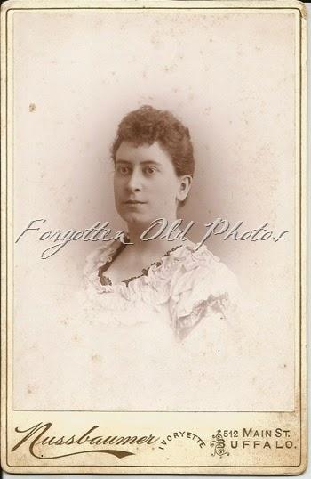 Mrs CF Avery Craigs