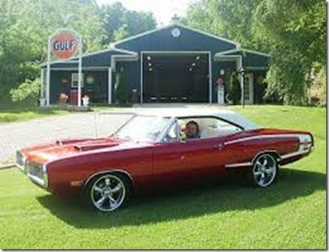 1970-Dodge-Super-Bee-classic-cars-18885585-640-480