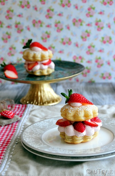 Come check out how to make these elegant and delicious Strawberry Napoleon with a step-by-step video tutorial.  http://uTry.it