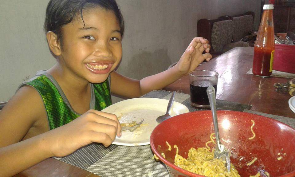 Image of Old Lucky Me Pancit Canton