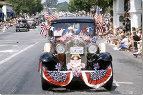 20491087-Antique-Cars-in-July-4th-Parade-Ojai-California-Stock-Photo