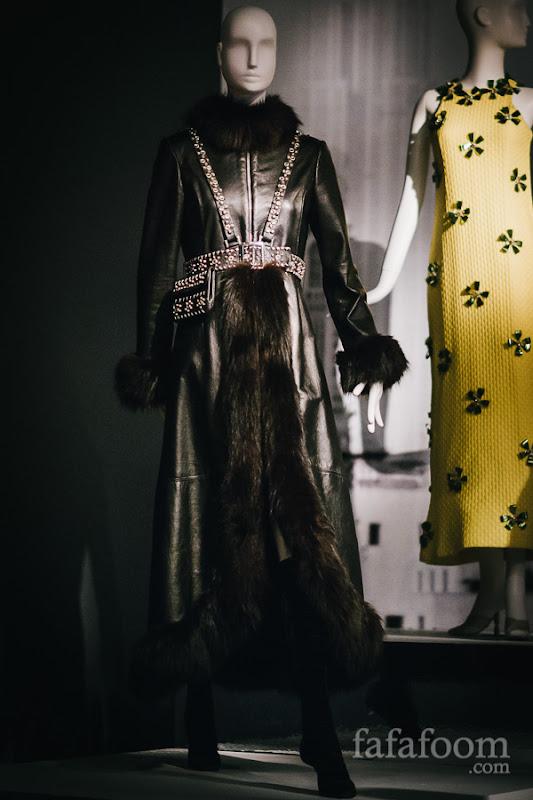 Oscar de la Renta, Evening coat, Fall 1969.