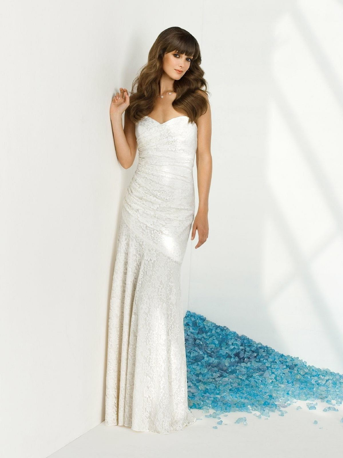 Sheath Column Strapless Sweetheart Sweep Train Lace Wedding Dress with