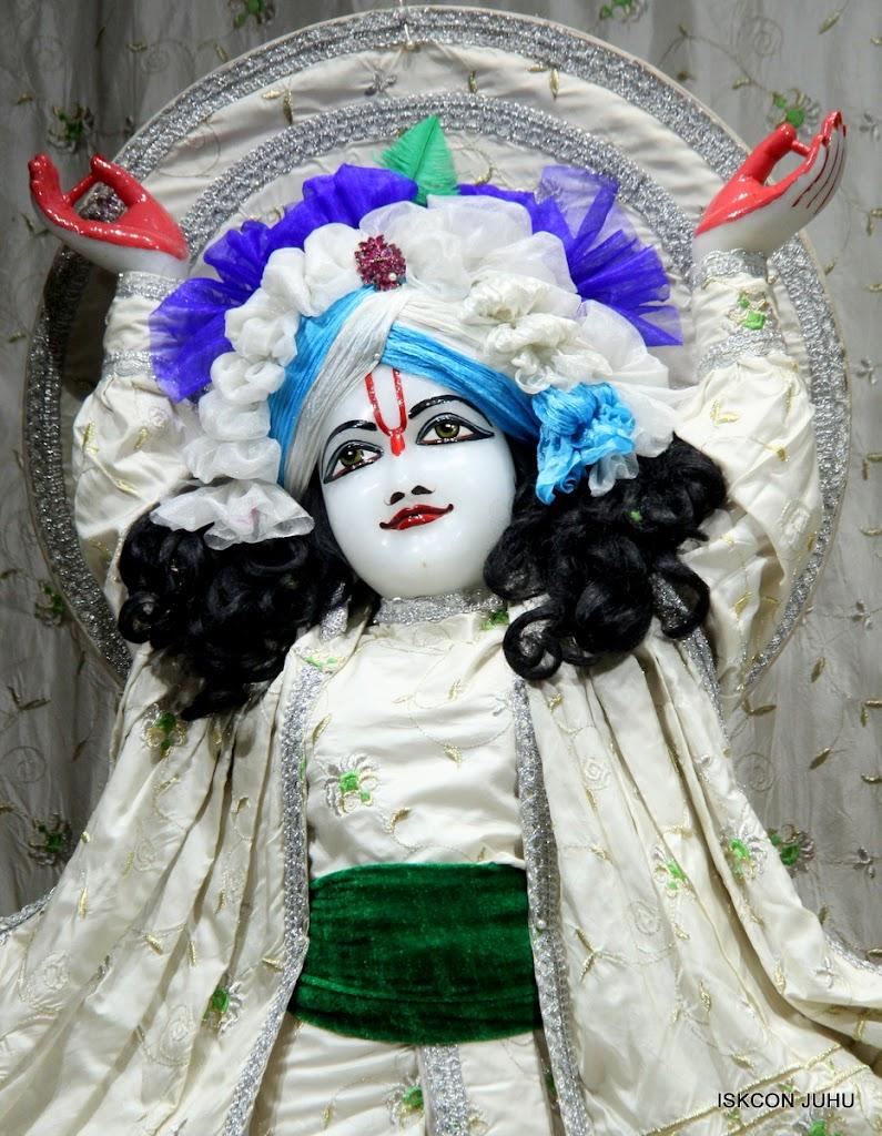 ISKCON Juhu Mangal Deity Darshan 21 Jan 16 (32)