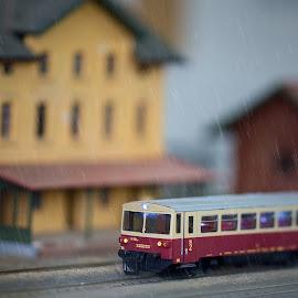 Wnen the rain beginns to fall by Jiri Cetkovsky - Artistic Objects Toys ( macro, railway, station, modell, train )
