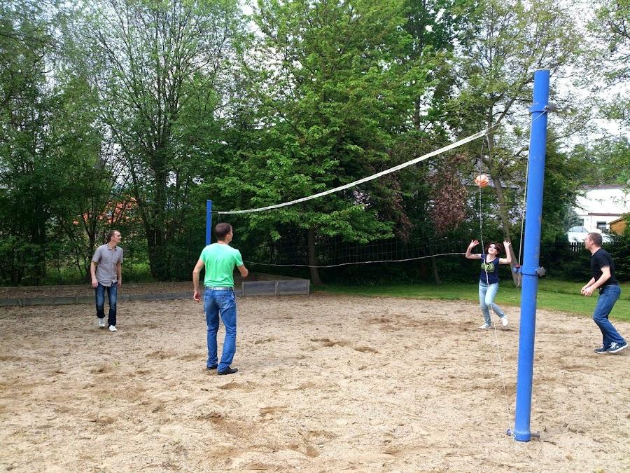 Играем в волейбол в Праге