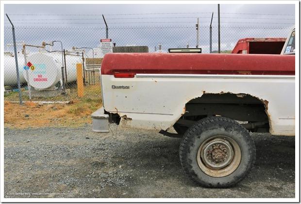 150907_Adak_rusted_truck