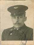 Jan Willem Serné * 20-8-1888, Haarlem † 16-12-1947, Amsterdam (op deze foto in zijn uniform als trammachinist)
