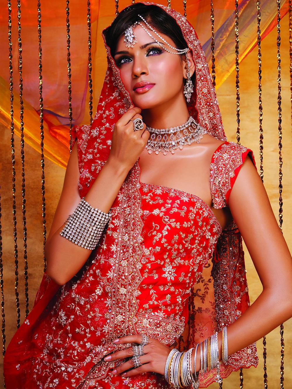 Tony\'s blog: My Indian Wedding - Dresses