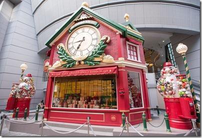 Xmas Decor in HK 2015 Lee Garden, Hysan Place 利園 希慎廣場 - RE SHARE A WISH 願望.傳遞—聖誕球企劃 (Photo taken from Elle.hk)