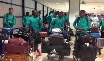Eaglets Land In Santiago, Hail Nigeria Embassy