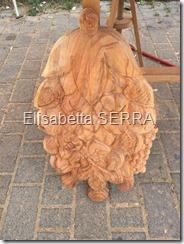 carugate grappolo scolpito su legno
