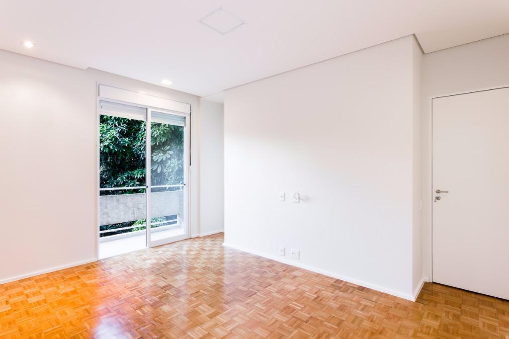 Apartamento Térreo charmoso em ótima localização !