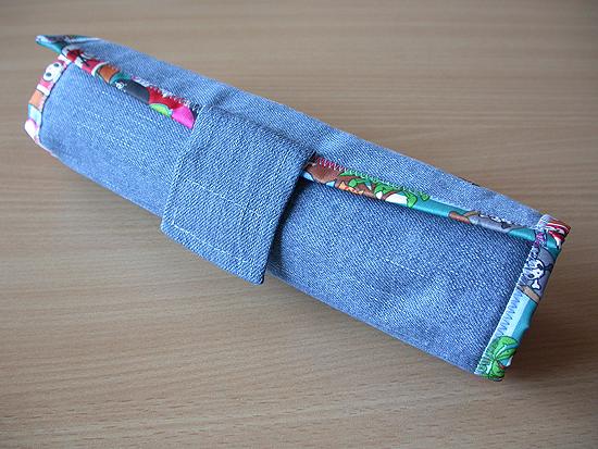 Круглый пенал из джинсов 93