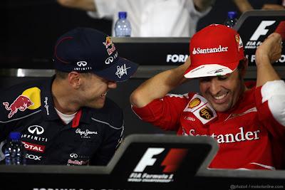 Себастьян Феттель и Фернандо Алонсо на пресс-конференции в четверг на Гран-при Испании 2013