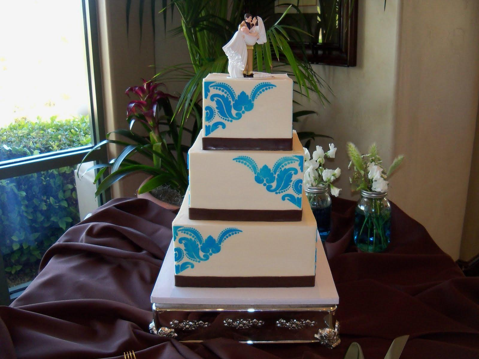 brownbrown combined with brown wedding days Wedding cakes blue and brown