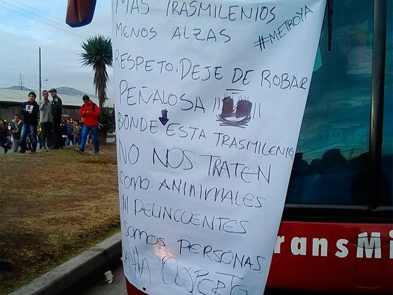 La pequeña dictadura militar de Peñalosa no quiere reconocer el caos en Transmilenio