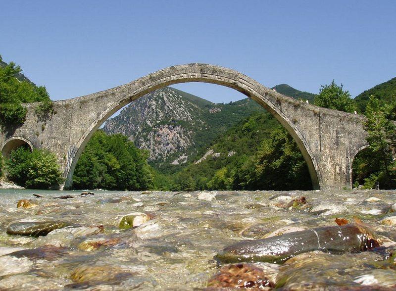 plaka-bridge-6