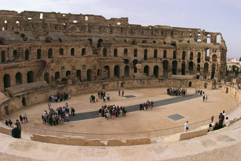 amphitheatre-of-el-jem-8