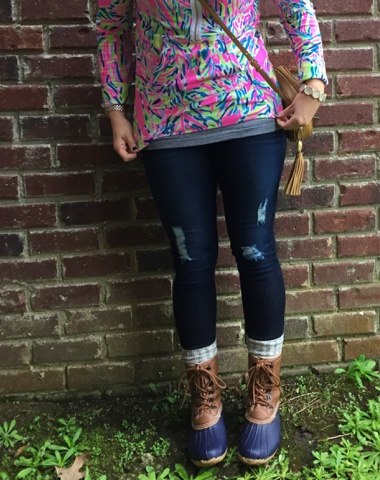 lilly pulitzer, how to wear duck boots, preppy style