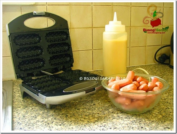 waffle dog maker© BUSOG! SARAP! 2010