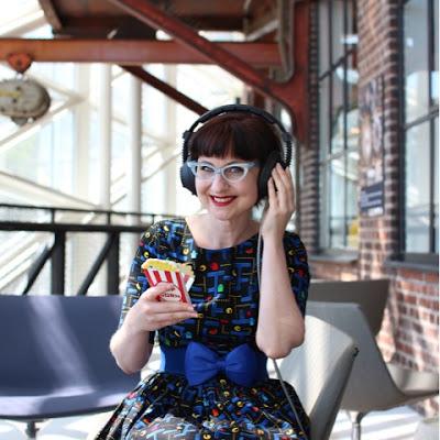 vintage, cateye, cateye glasses, vintage style, nerd chick, pacman, vintage glasses.