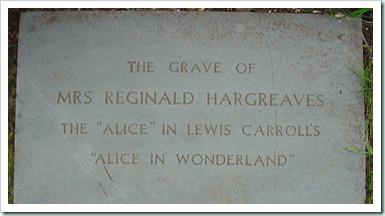 Alice_Liddell_grave_in_Lyndhurst2